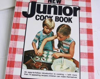 Vintage Better Homes and Gardens New Junior Cook Book 1979