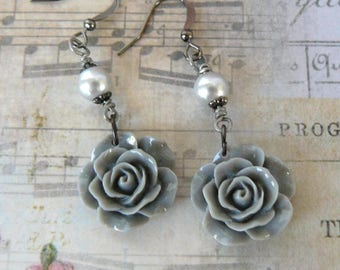 Grey Rose Earrings, Vintage Inspired Gray Rose and Pearl Dangles, Resin Flower Drops, Romantic Floral Jewelry, Garden Lover Gift