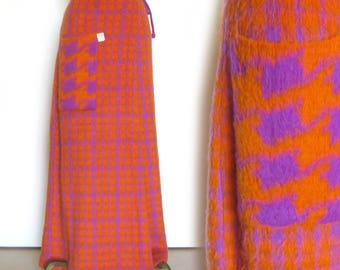 Mod Wrap Around Skirt Twiggy Style Orange and Violet Plaid Knit Skirt / Fuzzy Knit Ankle Length Skirt / Houndstooth / Joseph Magnin with Tag