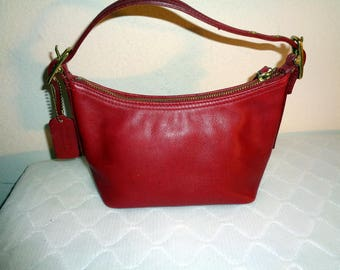 Coach Soho Collection SMALL shoulder  bag, wristlet ,purse, dark red buttery smooth glove tanned leather mod 9844 vintage pristine condition
