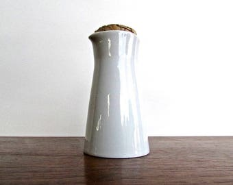 1951 Kaj Franck 'Kilta' Cream Pitcher, Arabia of Finland Porcelain Milk Pitcher, Vintage Minimalist Modern-Design