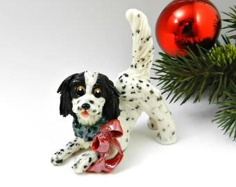 English Setter Blue Belton Christmas Ornament Figurine with Wreath Porcelain