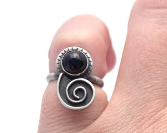 Black Onyx Ring, Nautilus Ring, Ocean Jewelry, Sterling Silver Jewelry, Boho Beach Ring, Oxidized Silver Shell Jewelry, Seashell Ring
