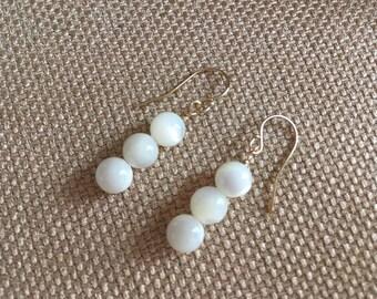 Mother of Pearl Shell Earrings, 14K Gold Filled White Earrings, Natural Beach Earrings, Summer Earrings Wedding Dangle Beaded