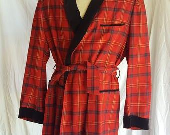 Vintage Men's Red Plaid Pendleton Smoking Jacket Black Velvet Collar Blazer Coat
