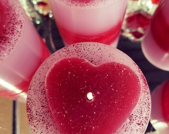 Valentine heart candle pearberry scent