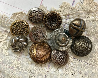 Vintage Metal BUTTONS (10) Assorted Lot Gold tone  Bronze Buttons- Victorian Button Lot- C93