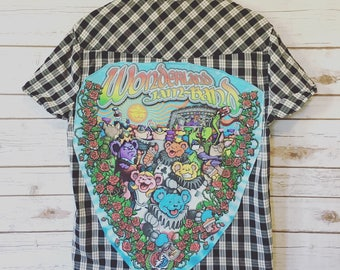 Mens Grateful Dead Wonderland Jam Band Dancing Bear Plaid Button Up Down Shirt Festival OOAK Upcycled Sweatshirt Size Medium