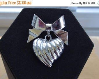 ON SALE Pretty Vintage Silver tone Bow Heart Brooch, KJL (Kenneth J. Lane) (Ad3)