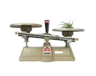 Ohaus Harvard Trip Balance Scale 2 KG 5 Lbs Vintage Balancing Scale Industrial Scientific Scale Chicago Illinois