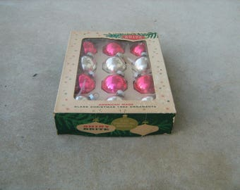 "12 vintage 1950s shiny brite american made glass christmas tree ornaments in original box measure 1-1/2"" across"