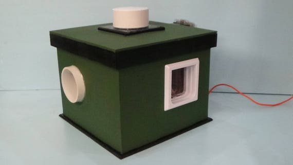 Outdoor Cat House for stubborn cats/Deluxe Heat/2 Doors, bed, shelter,condo,sanctuary,insulated,kitty