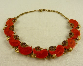 Vintage Brass Tone Swirled Lucite and Rhinestone Aristed Signed Necklace
