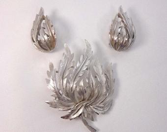 SALE Vintage Trifari Brooch Clip On Earrings Silver Leaf Set Crown Mad Men Retro 863