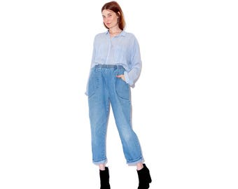 absolutely cutest pair of vintage high waisted jeans / light wash elastic waist jeans mom jeans cropped jeans 90s jeans 90s clothing