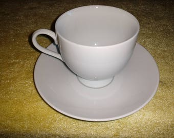 Mikasa Classic Flair Calla Lily Cup & Saucer Free Ship in US