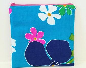 Vintage Hawaiian Barkcloth/ Zipper Pouch/ Cosmetic Bag