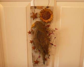 PRIMITIVE FOLKART  CROW & SunFlower on old Wood Hanger