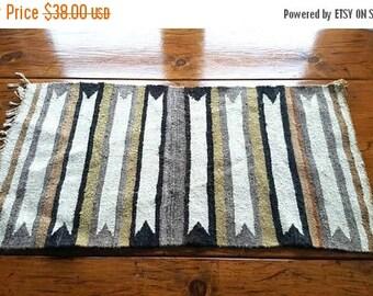 SALE Woven Table Runner / rug wall hanging / neutral floor mat