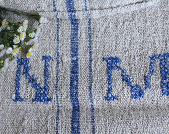 E 461: antique handloomed CORNFLOWER BLUE ;  grainsack pillow cushion runner 42.52 long,upholstery project, french lin,decoration, vintage