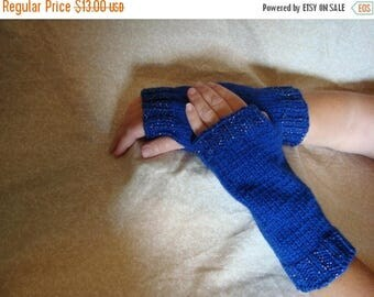 Christmas in July Handmade Knitted Dark Blue Hand Warmers
