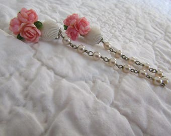 Vintage Sweater Clip / sweater guard Shells and Pearls Pink Roses