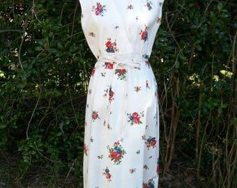 SALE 70s Linen Dress size Medium Floral Dress My Latest Leslie Fay Faux Wrap Dress