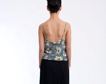 40% OFF The Vintage Floral Spaghetti Strap 90s Tank