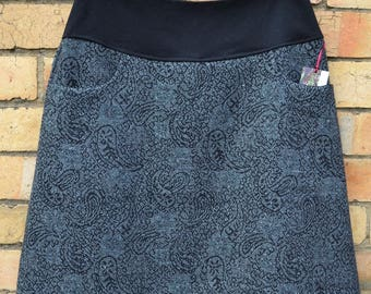 Thick wool jacquard skirt with lining