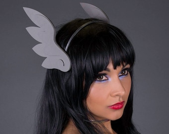 Angel Wing Headband / Clips - 18 Colors - for Cosplay, Parties, Clubbing, Cons, Fun, Studio Photoshoot Props, Halloween Costume