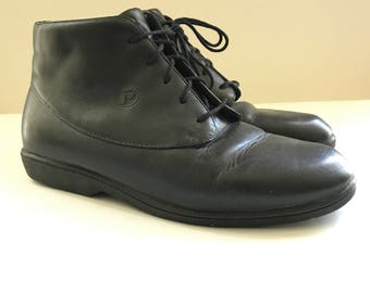 Vintage 80s Black Ankle Boots / Chukkas / Ankle Lace-up Boots / Granny Oxfords / Desert Booties, Black Sneakers US W Sz. 7W/D sale