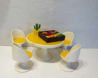 Fisher price Kitchen  Table and 4 chairs