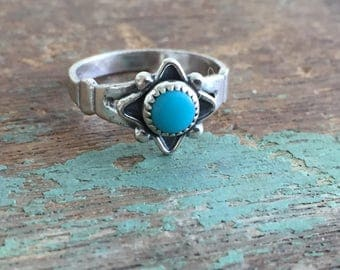 Vintage Native American Sterling Silver Turquoise Star Ring Bell Trading Post Size 5