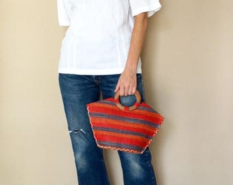 90s multicolored straw WOOD handle purse