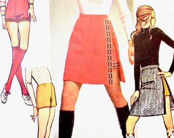 Simplicity 9522 Mod Mini Skirts and Short Shorts with Back Zipper Vintage Sewing Pattern Waist 25.5 Hip 36 inches
