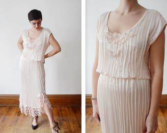 1980s Pink Pleated Fortuny Inspired Dress - M/L