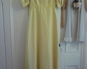 Vintage 1970's brodery anglaise pastel yellow full length maxi dress S 8 2