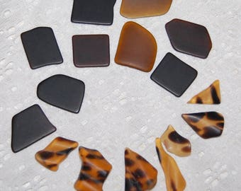 Faux Sea Glass undrilled lot - leopard & bottle brown - 16 pieces