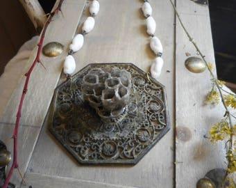 SALE PAPER WASP Queen. Genuine wasps Honeycomb Nest. Antique Baroque Hexagon. Medallion. Boho. Milk Glass. Bee Costume. Neck Art. Handmade O