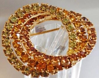 SALE Vintage Green Amber Tan Rhinestone Circle Brooch. Gold Tone Three Circle Rhinestones Pin.