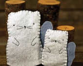 hand-stitched wool felt finger puppet: mama squirrel and kit by kata golda