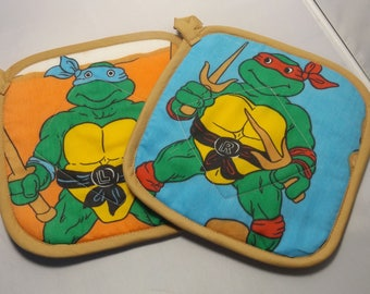 Teenage Mutant Ninja Turtles Pot Holders -Set of 2    Vintage TMNT Leo and Raphel