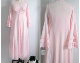Light Pink Peignoir Set Robe Gown Huge Bell Sleeves Made in Italy New with Tag 1970's Wide Lace Trim