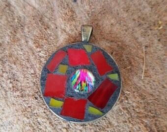 Mosaic red, round pendant