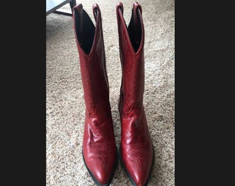 Vintage Red Leather CODE WEST Western Style Cowboy Boots Women's Sz 8 M Embroidered 1980s