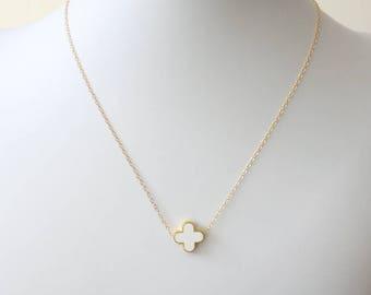 White Flower Necklace - Four Leaf Flower Necklace - Quatrefoil Choker - Celebrity Inspired - White Simple Necklace - Four Petal Flower