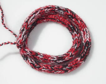 Knitted Wool Yarn Necklace - Wool Necklace - Textile Necklace - Winter Necklace - Knitted  Jewelry - Textile Jewelry - Knitted Jewelry