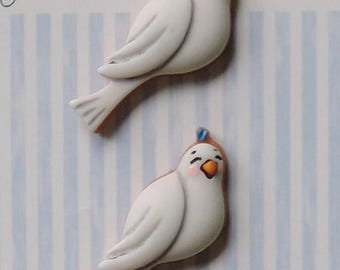 SALE Dove Buttons, Carded Novelty Buttons by Buttons Galore, Shank Back, Bird Buttons, Set of 3
