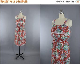 FLASH SALE - Vintage 1980s Sundress / 80s Vintage Dress / Cotton Day Dress / Red Floral Print / Size Medium to Large