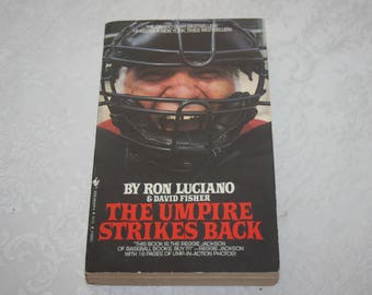 """Vintage Paperback Book """" The Umpire Strikes Back """" By Ron Luciano and David Fisher 1983 Baseball"""